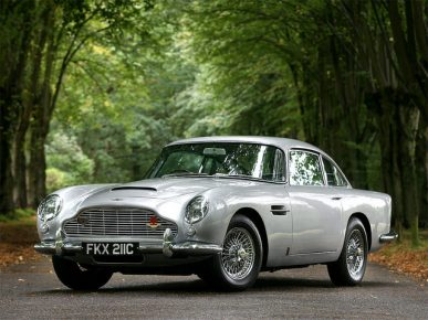 1963 Aston Martin DB5 – Gold Finger